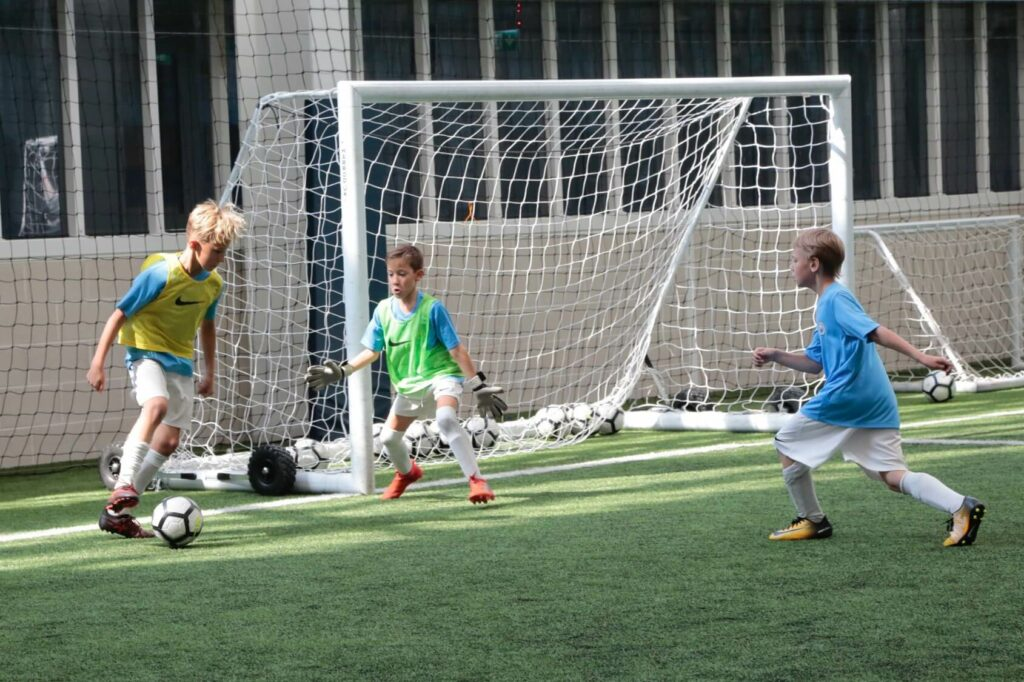 Kids-boys-football-camp