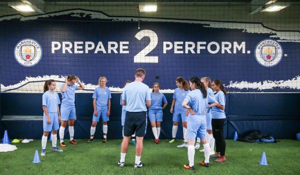 Soccer-camp-for-girls-england