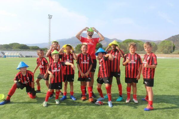 football-camp-milan-ac-fun
